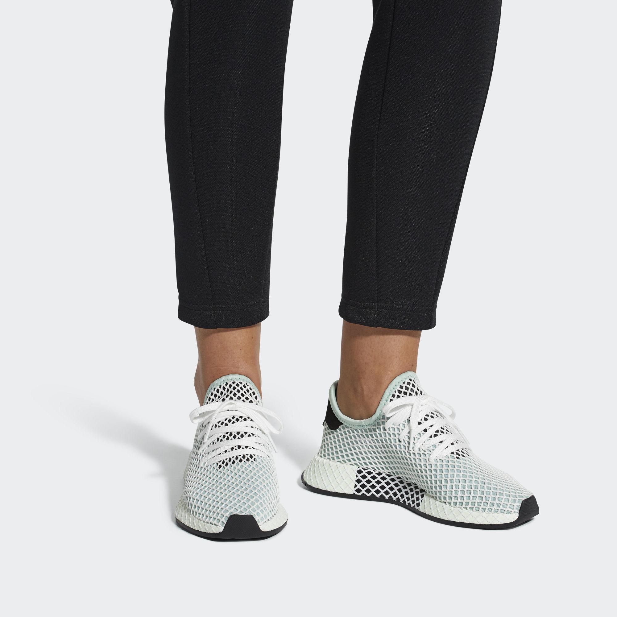 adidas Originals Кроссовки DEERUPT RUNNER W