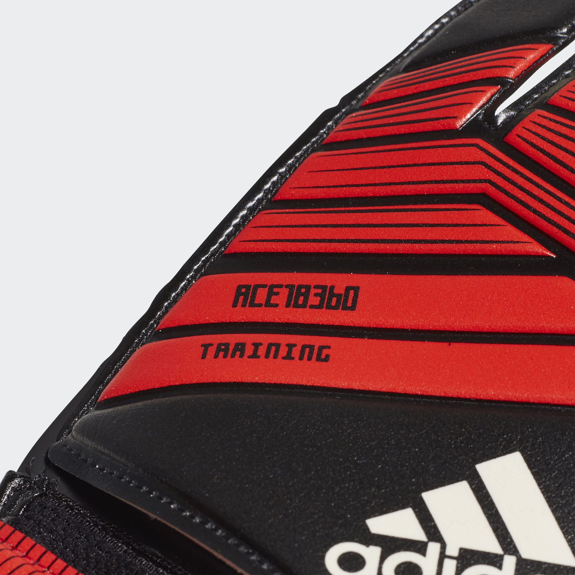 Вратарские перчатки Predator Training CW5602 adidas Performance ... 5ef46949dcc3b