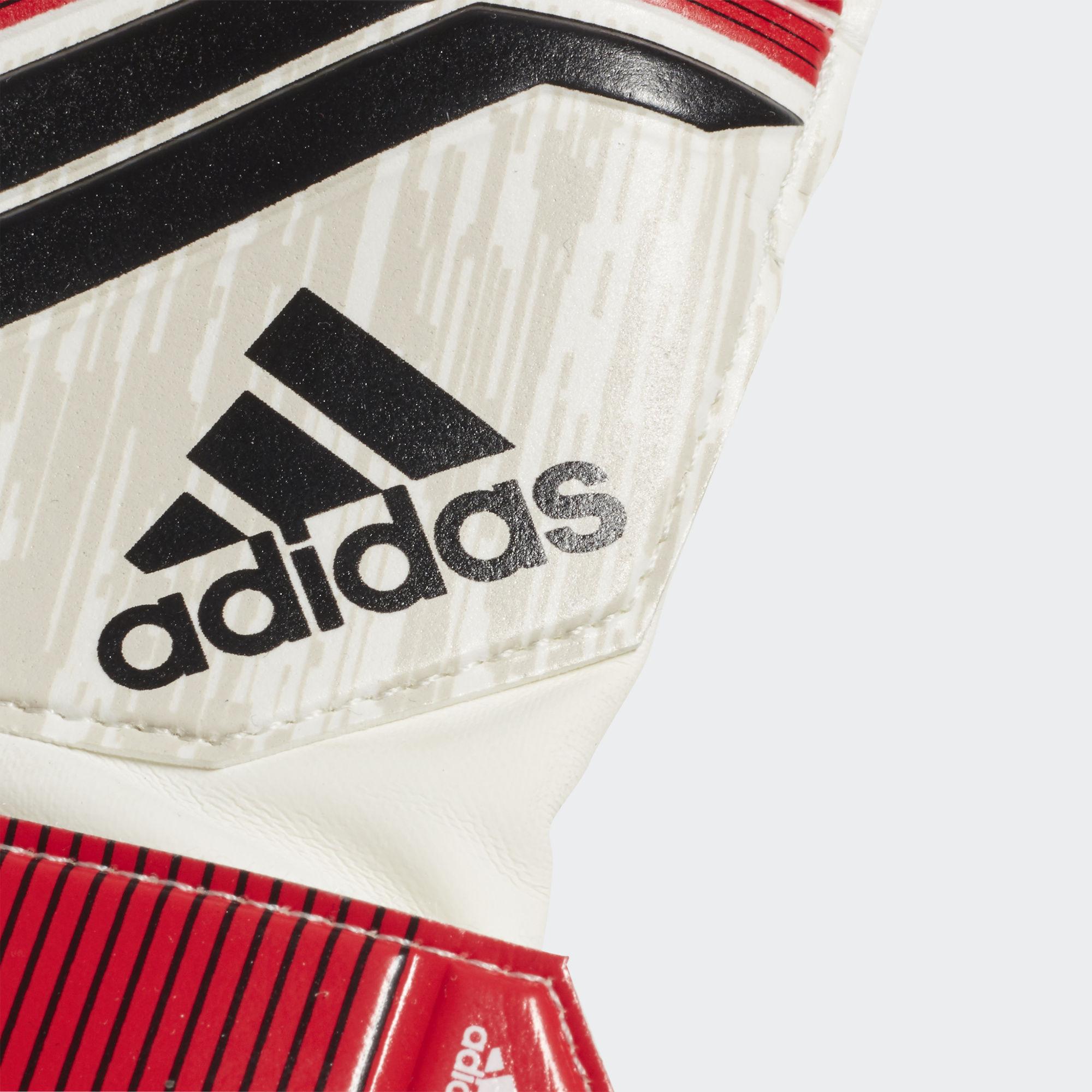 Вратарские перчатки Predator 18 Pro Junior K DN5622 adidas ... a8c698f655ca9