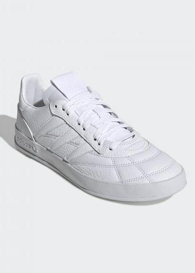 adidas_2712.jpg