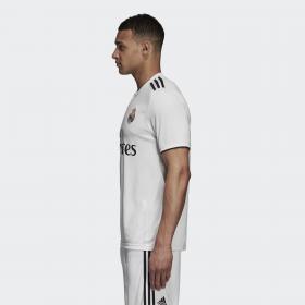 Домашняя игровая футболка Реал Мадрид