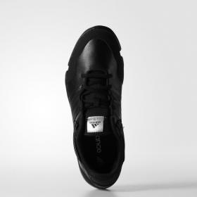 Женские кроссовки Adidas ilae