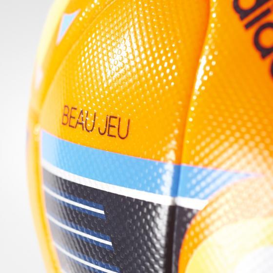 UEFA EURO 2016 Winter M AC5451