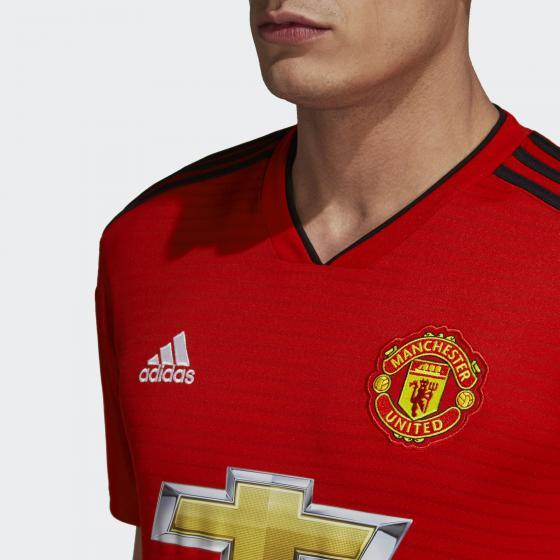 Домашняя игровая футболка Манчестер Юнайтед