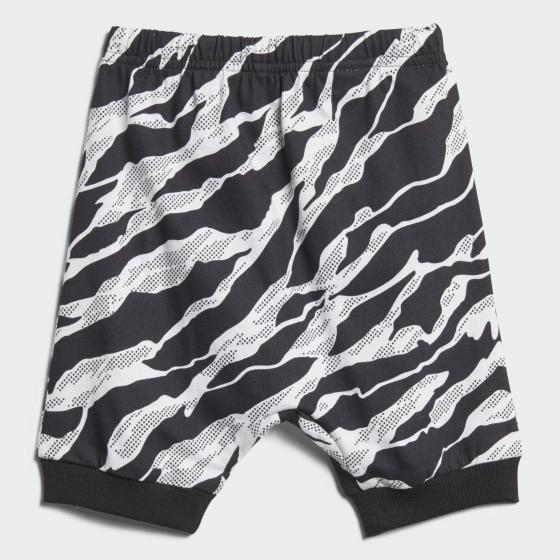 Комплект: футболка и брюки Summer