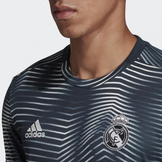 Домашняя предматчевая футболка Реал Мадрид